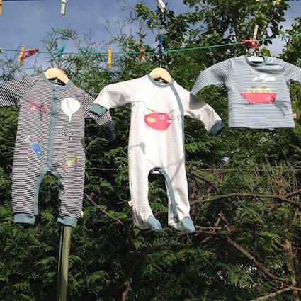 """Ökologische Babybekeidung von """"Kissa"""""""